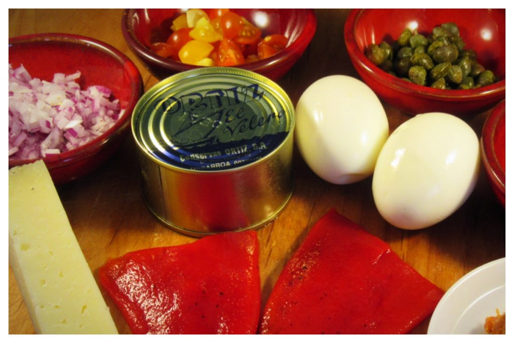 Ingredients for stuffed pepper tapas