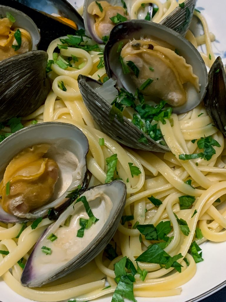 Linguine Mussels and Clams Verticle